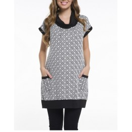 Maternity Black and White Tunic Top with Pockets