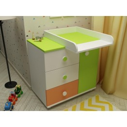 Baby Room Dresser with a Shelf and Three Drawers Kombo